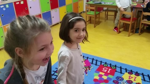 How to teach English to kids with enjoyable activities