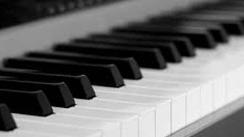 Curso de teclado: Louvai-O!