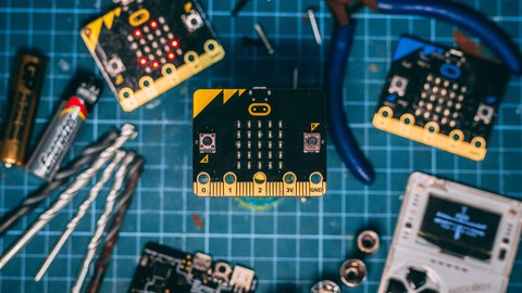 A-Z Microbit: Officially accredited by Microsoft [2020]
