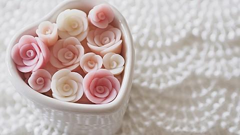フラワーコンフェティの作り方 バラ How to create a rose flower confetti soap