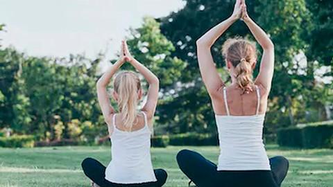 Yoga para niños y niñas en español