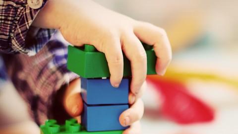 El desarrollo y aprendizaje mediante el juego