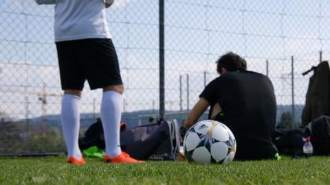Football Coaching - How parents can help achieve development
