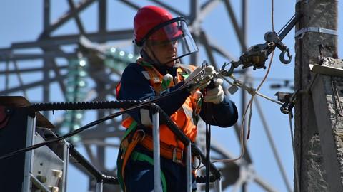 NFPA 70E: Seguridad para el riesgo eléctrico en el trabajo