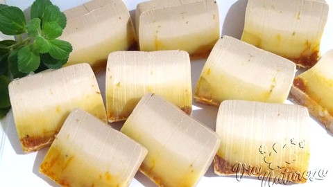 Sabonetes Artesanais - Argila Amarela com Calêndula