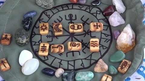 Curso Runas Wicca – Runas de las Brujas