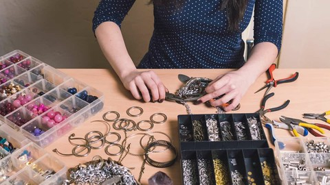 Make jewelry and become a professional jewelry designer