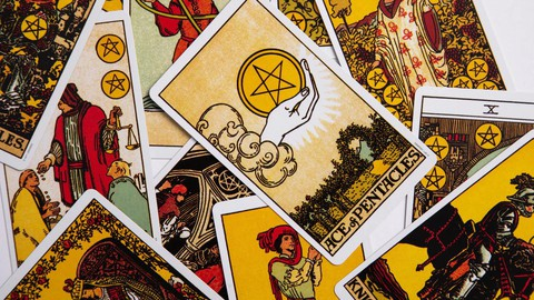 101 Tarot: Yeni Başlayanlar İçin A'dan Z'ye Tarot
