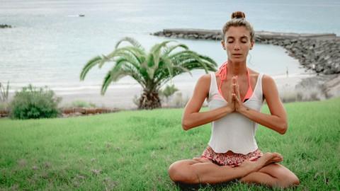 Yoga con Eliana (Yoga per la schiena)