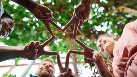 Interpersonal Communication: Managing Friendships