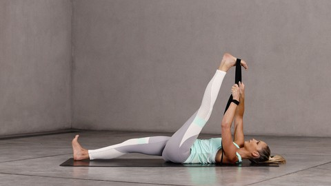 15-Min Yoga For Runners: Reduce Your Risk Of Injury And Pain