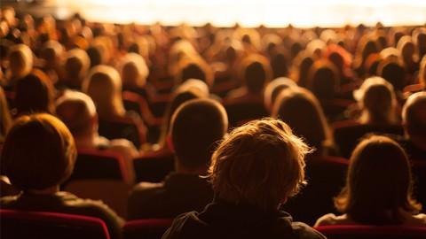 映画配給の未経験者が自主映画を全国公開させるためのスキルを習得!