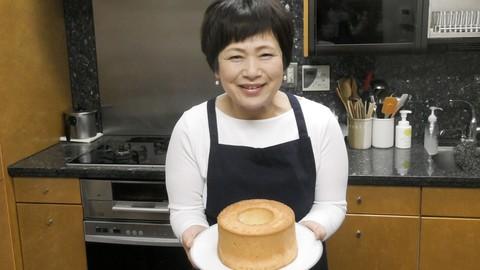 """シフォンケーキ&ロールケーキの作り方【""""まずはこれだけ!¨お菓子作り動画レッスン】#1"""