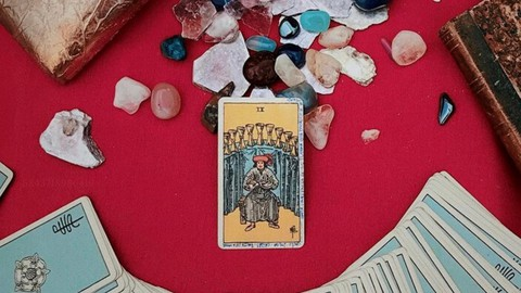 Learning how to interpret Tarot