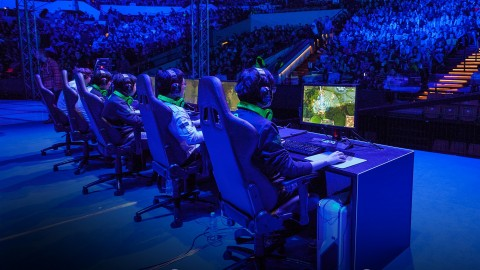 Become a Pro Gamer (eSports Athlete)