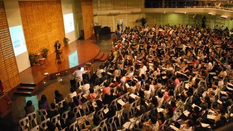 Creating & Hosting Profitable Seminars, Events And Workshops