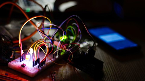 PIC Microcontroller: Learn By Building Practical Projects